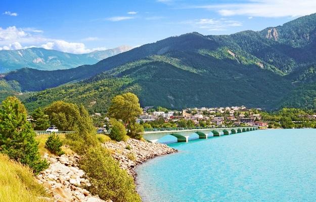 Savines le lac-Hautes Alpes
